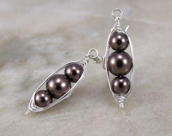 Chocolate glass Pearl Herringbone Wrapped Earring