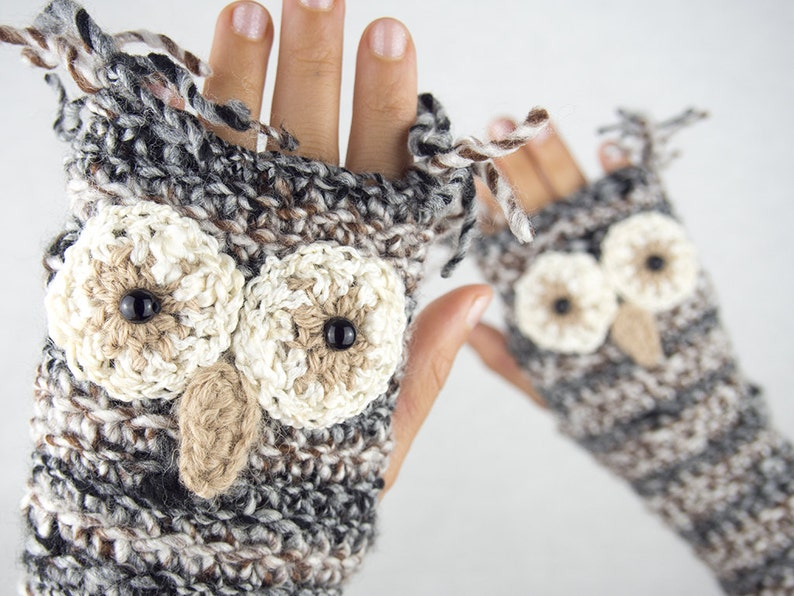 Owl Fingerless Gloves  Handmade image 0