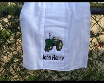 Personalized burb cloth, burp cloth made with white diaper or finger tip terry velour towel great for later use.