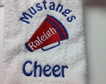 custom personalized chearleading towels made to order.