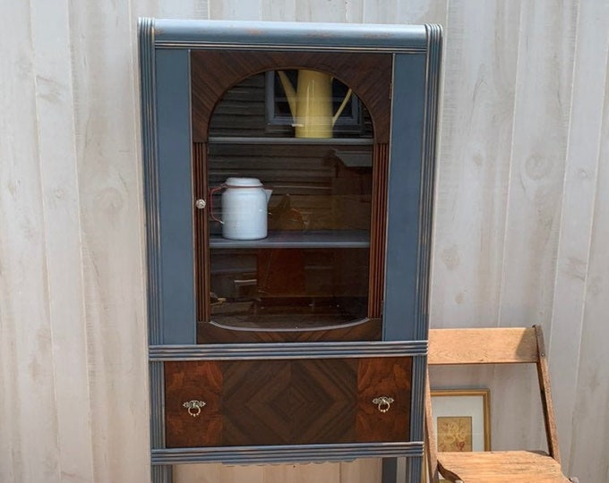 PICK UP ONLY Vintage art deco china cabinet. Distressed gray with stained drawer and door. Storage