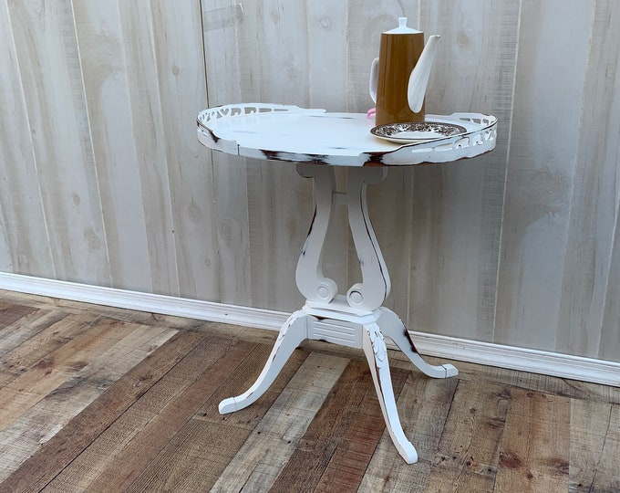 Vintage Shabby chic white distressed table, farmhouse, country bedroom, cottage night stand, bedside table, french country,PICK UP ONLY