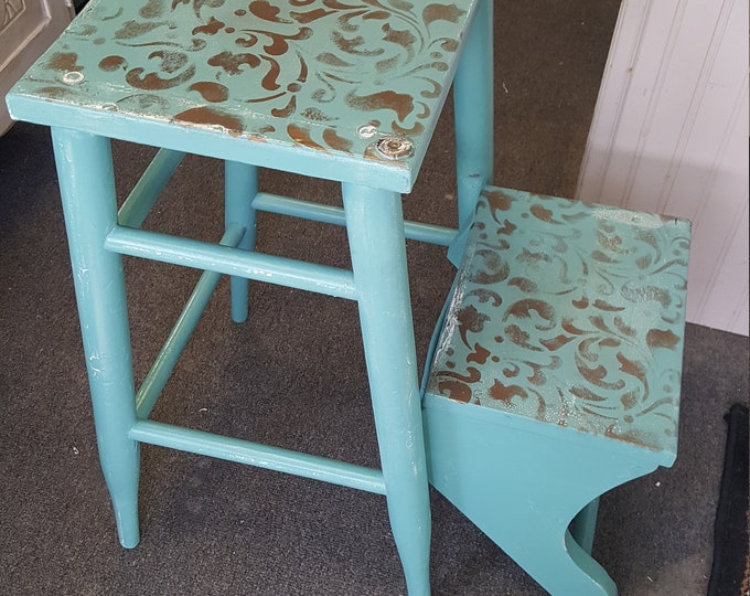 PICK UP ONLY Vintage Shabby chic stool, accent seating, farmhouse, country bedroom, cottage night stand, bedside table, french country,