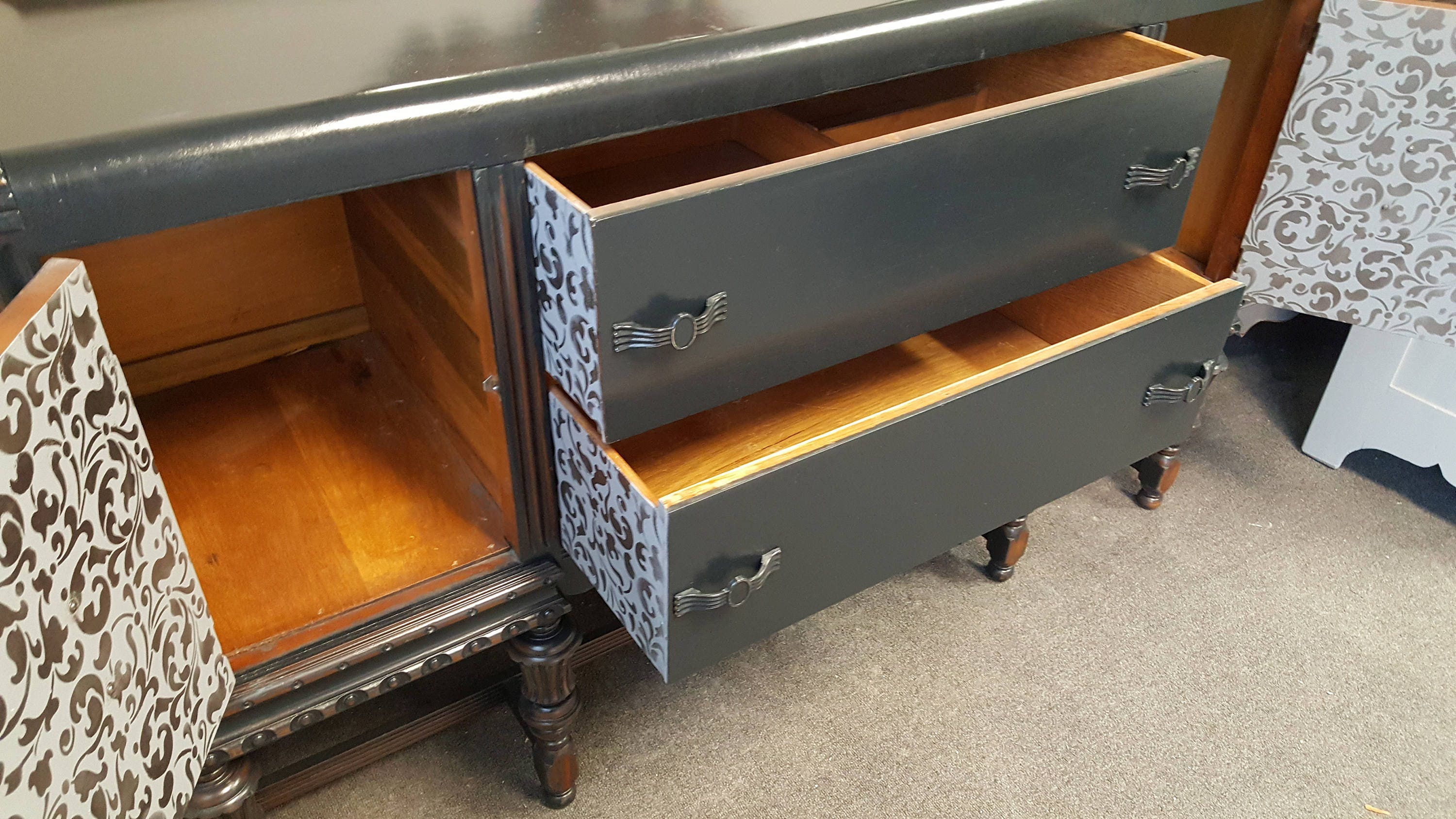 Vintage Shabby Chic Buffet Sideboard Server Pick Up Only Media Center Tv Console Liquor