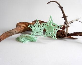 Crochet snowflakes in mint green cotton, handmade Christmas decoration, crochet stars ornament, set of 6 home decor, Ready to ship