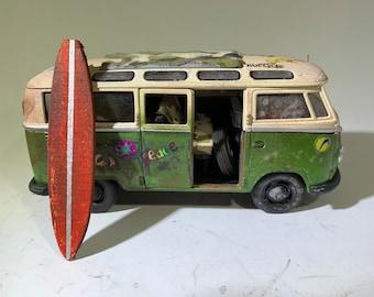 1/24 scalemodel, vdub, vw surf, surf van, surfboard, vw wagon, beach, surfing, surfs up, Volkswagen.
