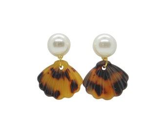 Tortoise Shell Earrings, Shell Earrings, Pearl Earrings, Shell Acetate Earrings, pearl studs, nautical earrings, spring earrings, tortoise
