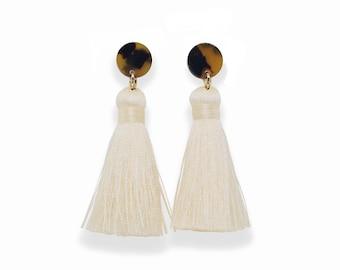 Tortoise Shell Earrings, Tassel Earrings, Tortoise Tassel Earrings, Silk Tassel Earrings, spring earrings, trendy earrings, ivory tassels