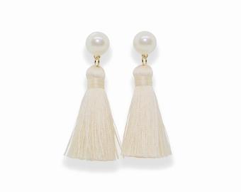 Ivory Tassel Earrings, Pearl Tassel Earrings, Silk Tassel Earrings, Cream Tassels, Cream Tassel Earring, trendy jewel, spring earrings