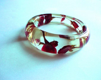 Hand Made  Red Rose  Resin Bangle,Real flowers and leaf,Gift idea