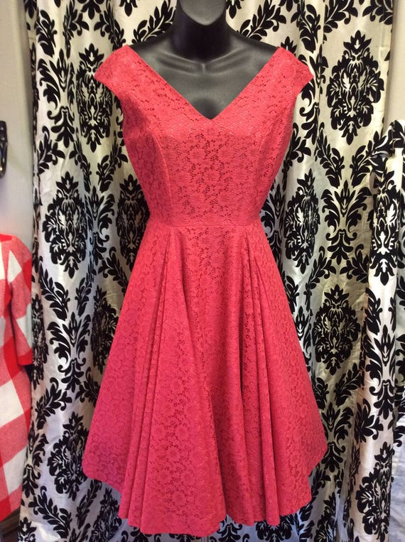 50's Strawberry Lace Dress - image 2