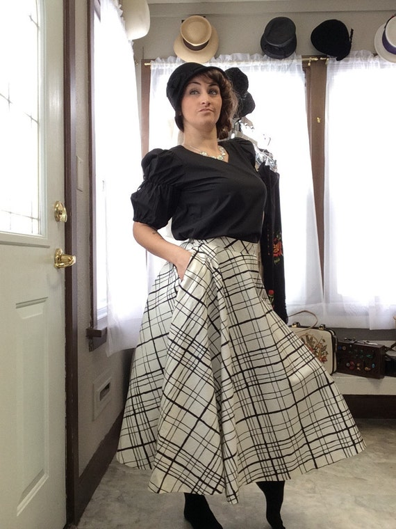 1950's Black and White Plaid Circle Skirt