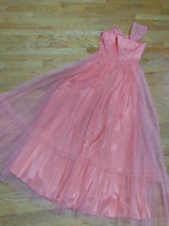 50's Salmon Tulle Dress Formal Prom-wear - image 10