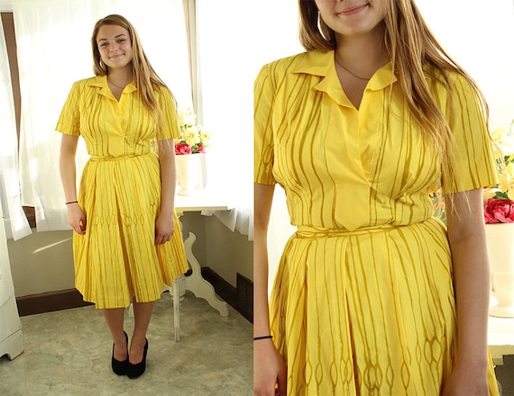 B. H. Wragge Vintage Yellow 1960's Outfit/ 60's To
