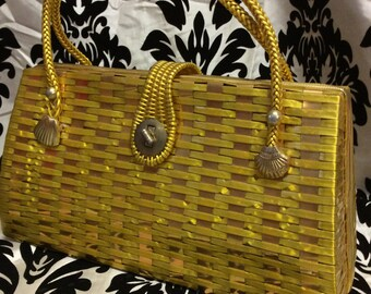 Wondrous 60's Wicker Purse