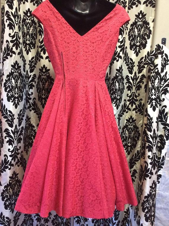 50's Strawberry Lace Dress - image 9