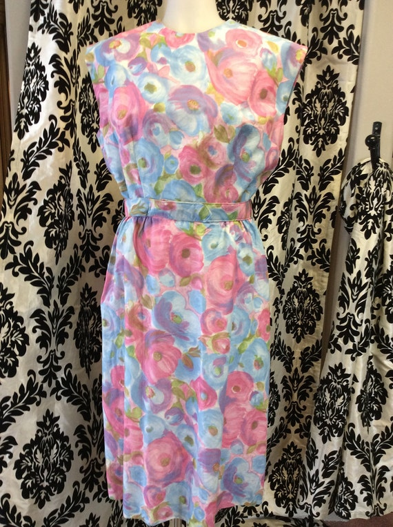 50's Form Fitting Floral Sundress