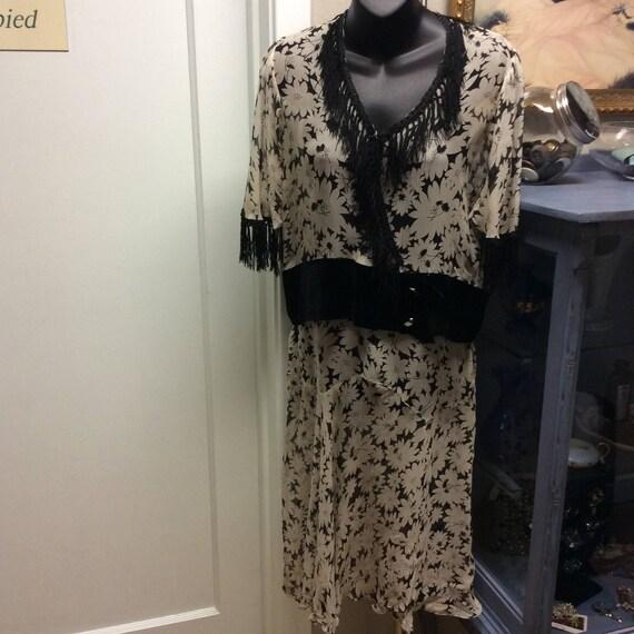 1930's Silk Shasta Daisy Dress