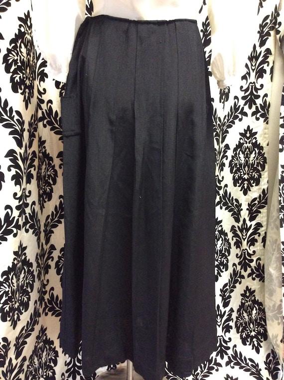 30's Bias Cut Black Beauty Skirt - image 3