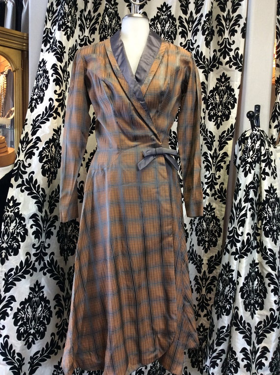 Stunning 40's Grey & Honey Plaid Dress