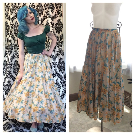 TROPICAL CUTIE in this 80s does 1950s tropical flo