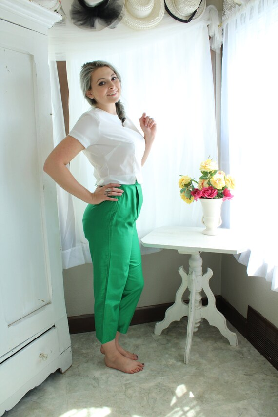 Bright Green High Waisted 1960's Capris