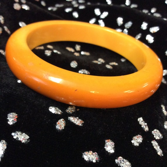 2 Marigold Bakelite Bracelet - image 4