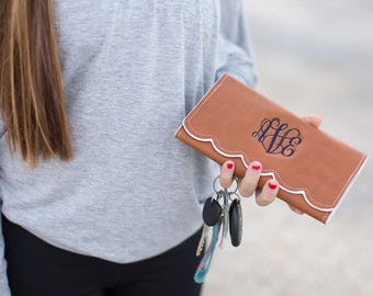 Monogram Scalloped Wallet | Personalized Wallet | Women's Vegan Leather Wallet | Mother's Day Gift | Monogrammed Gift for Her