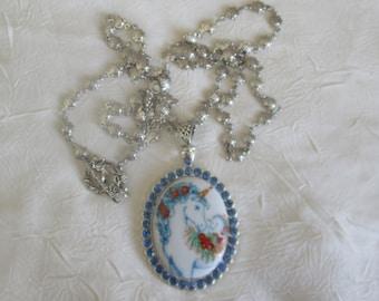 Collier pendentif «Une adorable licorne.»