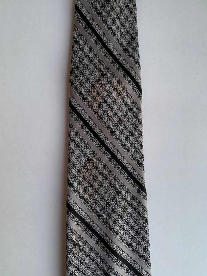 Vintage Men/'s Seats Tie c1970s Grey and Black Classic Madmen Design