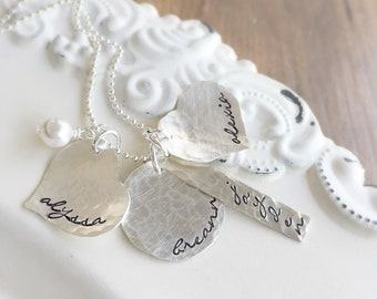 Mother Necklace . Mothers Day Gift . Personalized Jewelry . Gift for Mom . Name Necklace . Engraved Jewelry . Mother Necklace