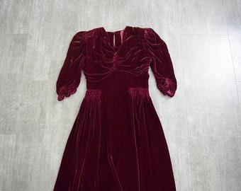 397764cd09a Early 1940s velvet dress . vintage silk velvet dress