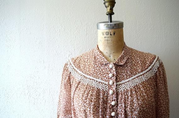 Early 1940s dress . vintage 40s brown floral dress - image 2