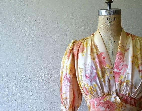 1930s dressing gown . vintage 30s rose print dress - image 4
