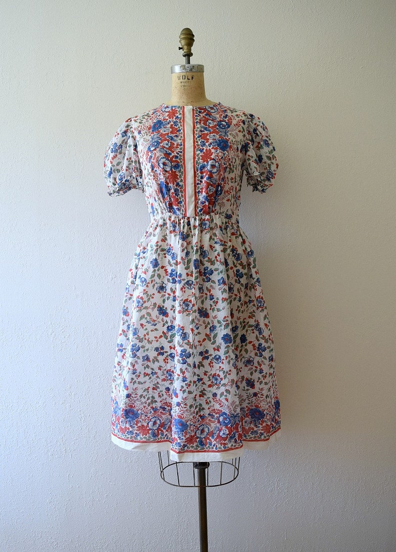 vintage 30s puff sleeve dress Late 1930s border print dress