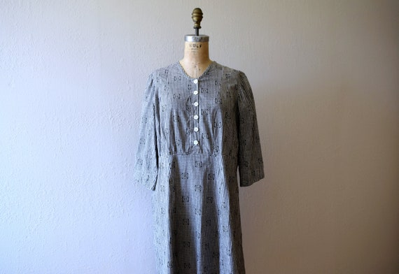 Antique calico dress . vintage gingham dress