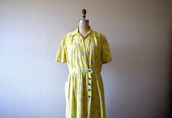 1940s chartreuse dress . vintage 40s volup dress