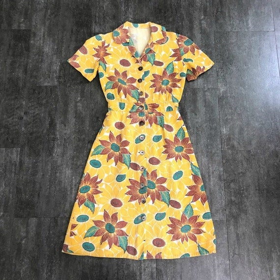 1940s dress . vintage 40s sunflower dress