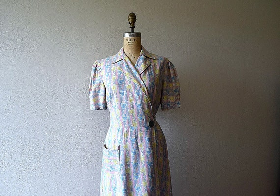 1930s dressing gown . vintage 30s house dress