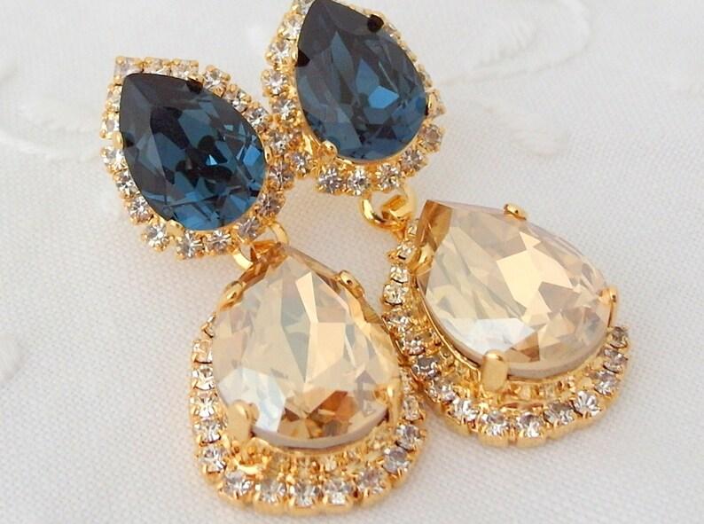 Champagne earrings,Navy blue earrings,Chandelier earrings,Bridal earrings,Dangle earrings,Bridesmaids earrings,Wedding jewlery,somthing blue