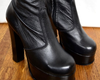 Vintage 1970's Women's HUGE PLATFORM TaLL OTK Black Leather DiScO BooTs Made England Size 6 6.5 6 1/2