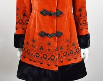 Vintage 1970's Women's Burnt Orange Velvet Embroidered Black Faux Fur Trim Princess Penny Lane Boho Hippie Coat S M