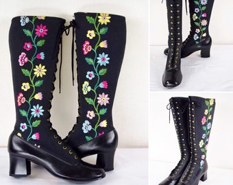 NOS Vintage 1960's 70's Women's Penny Lane Almost Famous Embroidered Floral FLoWeRs Lace Up Tall GoGo Granny HiPPiE BoHo Boots Size 8.5 9