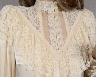 Vintage 1970's GUNNE SAX Gunnies Ivory Lace Ruffled Victorian Edwardian Blouse Top Size 5 XS
