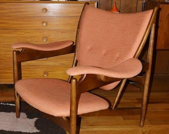 Replica Style of Finn Juhl Chieftain Lounge Chair Danish Modern