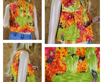 Vintage 1970's Women's Psychedelic Tropical Waterfall Polynesian Lady Hibiscus Tiki Hawaiian Beach Surfer Cropped Top Shirt Size XS / S