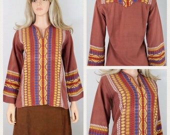 Vintage 1960's 70's Native Indian Aztec Embroidered HiPPiE BoHo Woodstock Women's Top Tunic Shirt S M