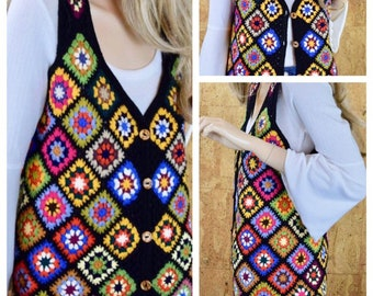 Vintage 1970's Women's HiPPiE BoHo Granny Square Maskit Crocheted Woodstock Colorful Knit Wool Sweater Vest Size M L