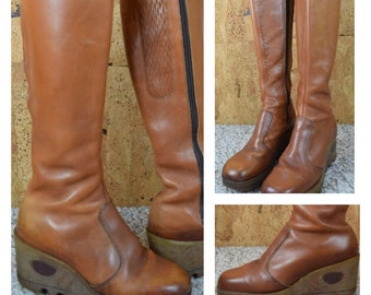 Sz 7.5 - Vintage 1970's Rosita TALL Brown Leather Wedged Gummy Rubber Platform Crepe Soled Hippie Boho Women's Boots Size 7 1/2