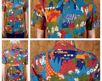 Vintage 1970's Men's THE KNITMAN Robert Bruce Psychedelic Cartoon Jungle Animal Print Patterned Hawaiian Novelty Hippie MOD Shirt Size M